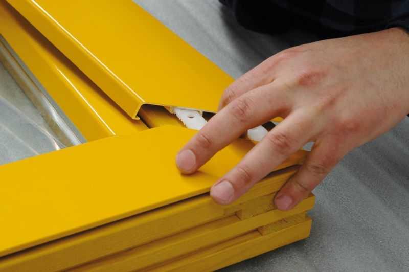 EFFECTOR S.A. rozpoczął produkcję aluminiowych listew wykończeniowych oraz aluminiowych okładzin okiennych do okien drewnianych.