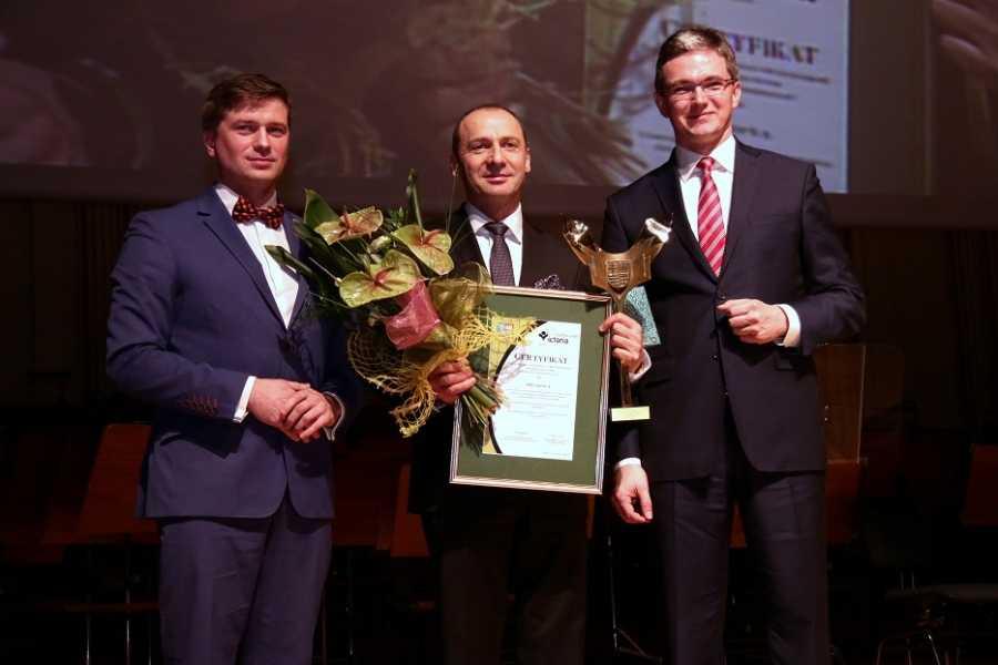 EFFECTOR jest laureatem wielu  prestiżowych nagród i wyróżnień,  m.in. Świętokrzyska Victoria, Diament Świętokrzyski, Zasłużony dla Gminy Włoszczowa, Gepard Biznesu, Lider Regionu, Przedsiębiorstwo Fair Play oraz Przyjazny Pracodawca.